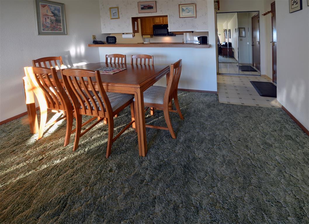 431 dining room