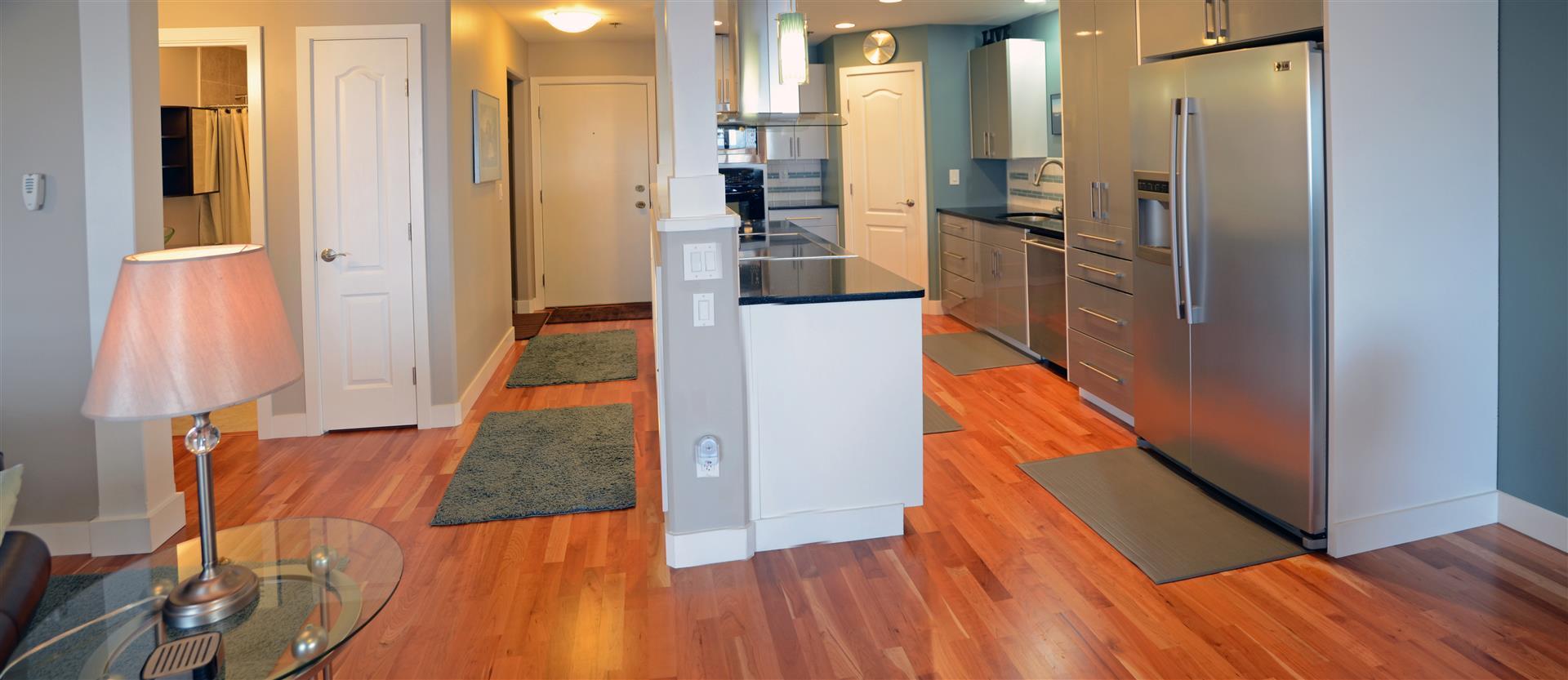 Kitchen & Hall